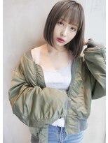 アンジェリカ ハラジュク(Angelica harajuku)Angelica グレージュジグザグバング3Dカラーミニマムボブ