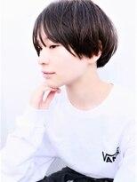 ドロップ(drop)黒髪シンプルショートヘアスタイル