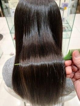 アース 浦安店(HAIR&MAKE EARTH)の写真/今最も話題の髪質改善トリートメント!髪に栄養を補充して、うるサラな髪へ♪