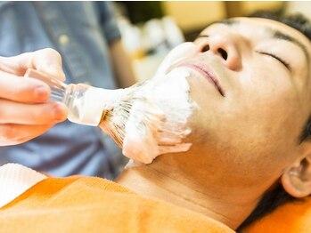 シックス ヘアー オノダ(Six HAIR ONODA)の写真/眉もヒゲも【Six HAIR ONODA】にお任せ!!メンズ専門店だから出来る技術で、ワンランク上の男磨きを。