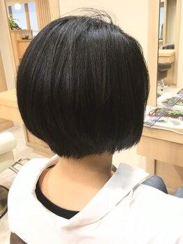ヘアサロンアンドヘアメイクディー(hair salon hair make D)の写真/気になり始めた白髪もしっかりカバーしてお洒落が楽しめる♪グレイカラーでも明るくキレイに染められる!