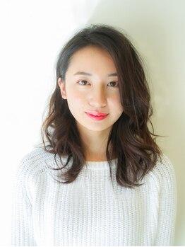 ニューヨーク 根津店の写真/髪にやさしい薬剤×低温で行うので髪への負担は最小限に♪ダメージを抑えてやわらかな質感を実現!