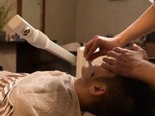バーバーモノクル(Barber Monocle)の雰囲気(スチームを当てて肌を保護しながらの施術◎お顔そりでスッキリ!)
