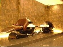 ヘアー ヴィーヴル 北島店(Hair BIVRE)の雰囲気(上質なフルフラットのシャンプー台で髪も心もリラックス♪)