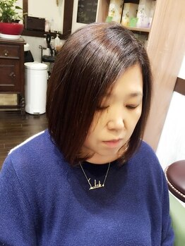 フェリーチェ ヘア ルーム(Felice Hair Room)の写真/大人女性のお悩みを優しくカバーしデザイン性の高いカラーを実現します。白髪が少ない方でも綺麗に染まる!!