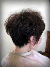 ヘアースタジオ ハナコ(Hair Studio HA NA KO)愛されフェミニンショート