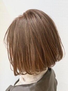 アトレ(ATRE)の写真/【六地蔵/2席のみ】扱いづらい髪も、カットだけでこんなに変わる!クセを活かして悩みを魅力に*