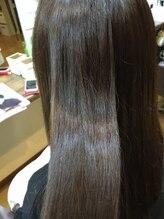 ヘアーアンドリラックス プルメリア(Hair&relax Plumeria)煌きツヤロング