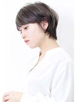 ヘアサロン ガリカ 表参道(hair salon Gallica)『 エアリーショート&グレージュ』斜めバングひし形シルエット☆