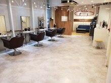 アグ ヘアー シーン 元町店(Agu hair scene)の雰囲気(こだわり抜かれた空間。ゆったり寛げる。贅沢なサロンtime。)