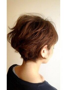 クブヘアー(kubu hair)《Kubuhair》大人可愛いショートボブ