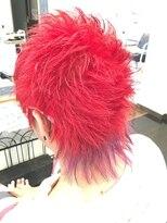 フェリーク ヘアサロン(Feerique hair salon)個性的カラーのショートウルフ