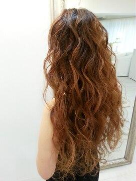 ヘアアンドメイクジップ恵比寿 (Hair&Make ZIP)ボリュームウェーブダウンスタイル