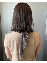 ストア バイ アンバースデー(Store by UNBIRTHDAY)ハイライト/立体感/ミディアム【新田知鶴】