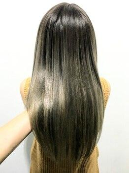 ティー(tea)の写真/【オリジナル髪質改善ストレート】今までにない自然な仕上がりと手触りで艶さら美髪に♪お悩みはteaへ!