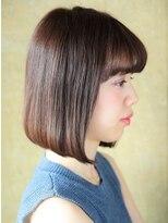 前髪がポイントのシンプルボブ [銀座]
