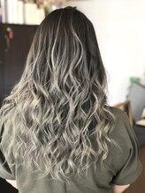 ヘアー ドレッシング ラビス(Hair Dressing Lovis)グラデーションカラー