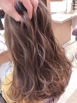 ZAZA natureの写真/髪のダメージを最小限に抑えた技術とケアで、カラー後も透明感のある柔らかい質感に☆