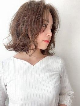 """ヘアストーリー リズム(hair story r ism)の写真/季節に対してのデザイン・再現性を重視した""""似合わせカット""""を実現◆動きのあるスタイルに仕上げます!"""