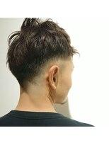 ヘアーリゾートラシックアールプラス(hair resort lachiq R+)《R+》メンズフェードカット