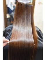 カータヘアルム(karta hair rum)【karta】弱酸性縮毛矯正でサラサラヘアに