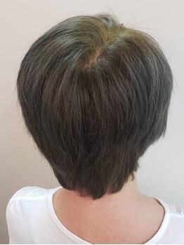 カット&エスティ カミキリ 髪綺里の写真/30年の研究・実績であなたにぴったりのカラーを実現◎髪と地肌に合わせたヘナの調合で理想のカラーに♪