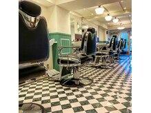 富士東洋理髪店の雰囲気(伝統を守りつつ、洗礼されたジャパニーズバーバー。)
