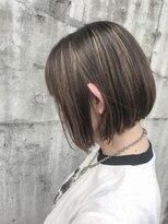 ケンジ エノシマ(KENJE enoshima)【井 哲也】miniボブスタイルに合うハイライト