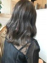 ハロ (Halo hair design)根強い人気のアッシュグレーカラー