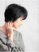 チュラリナータ(CHURA Rinarta)ダークトーンのサイドアングルがかっこいいハンサムショート♪