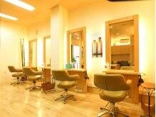 美容室 ジュネスの雰囲気(セット面4席で一人一人にしっかりカウンセリング♪)