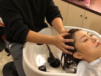 ムクヘアー(MUKU HAIR)の写真/ハリ・ツヤ・エイジング毛にお悩みの方必見!マッサージしながら髪のお悩みを解消!