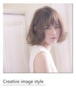 ヴェローグ シェ ブー(belog chez vous hair luxe)【Creative image styel】レイヤーミディの大きめ動きカール