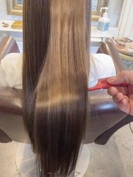 """ボニークチュール(BONNY COUTURE)の写真/【髪質改善】気になるくせ毛からナチュラルなストレートヘアに◆どんなくせ毛も""""BONNY COUTURE""""にお任せ!"""