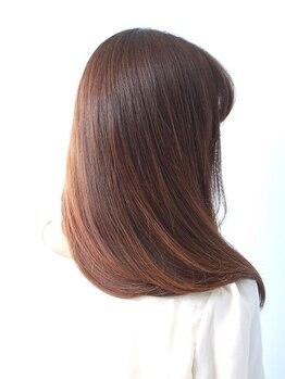 ヘアアンドビューティー ストーリア(hair&beauty STORIA)の写真/炭酸美容専門店だからできる、今話題のトリートメント!他ではできない感動ツヤ髪体験を《STORIA》で!