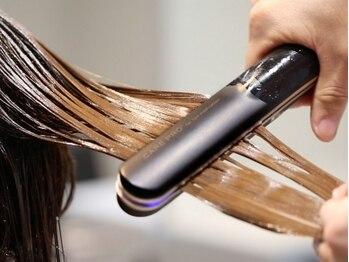ヴィンクロ 明石大久保(Vinculo)の写真/間違ったケアだと髪が良くならない!?髪を構成しているタンパク質、水分、油分をバランス良く補うのが◎