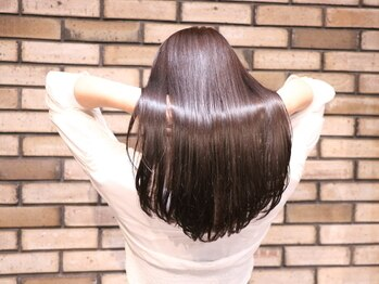 """バルベストーキョー(BARBES TOKYO)の写真/【表参道徒歩3分】ハリコシのある""""美女髪""""なら【BARBES TOKYO】へ。"""