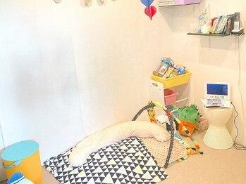 ウナマノ(UNAMANO)の写真/【時短&丁寧な施術で忙しいママの味方】お子様がのんびり遊べるキッズスペースあり◎