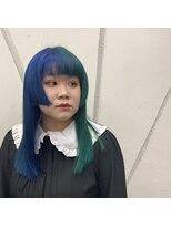 ブルーグリーン ツートーン姫カット