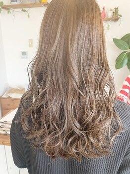 ヘアメイク ラリス(hair make Rallis)の写真/【東加古川/個室SPAルーム有】ハーブ系薬剤のデジパで髪に優しく、仕上がりはふんわりと軽いスタイルに♪