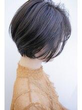 フェイバー(favor)女性らしさ◎柔らか美髪ナチュラルショート