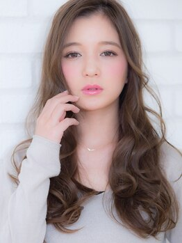 オーブ ヘアー シャルム 静岡店(AUBE HAIR charme)の写真/【駅近便利&22時迄営業】仕上がりの違いを実感する厳選トリートメントで、指通りのなめらかな美人髪に♪