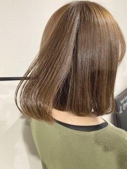 エミオ(emiO)の写真/こだわり抜いた数種類のトリートメントから一人ひとりの髪質やダメージに合わせて、最適なものを選定◎