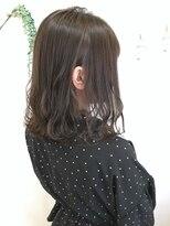 ヘアーデザイン アコースティック(Hair Design ACOUSTIC)グレージュカラー×ミディアムボブ
