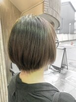 セブン ヘア ワークス(Seven Hair Works)[カラーベーシック]ショートボブ