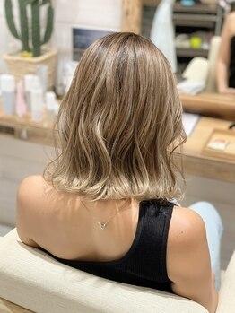 ヘアーアンドライフスタイル ルカヒ(Hair Life style LUKAHI)の写真/《Wグラデーション》でキレイが長持ち♪ダメージは最小限!LUKAHIならではのカラー術でONLY ONEの髪色に☆