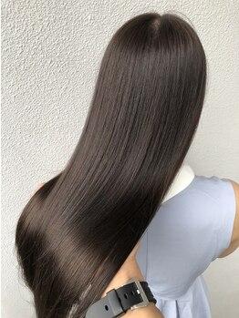 リコ バイ マリス(Liko by maris)の写真/見て、触れて、感じるツヤ髪♪天使の輪が生まれる!どんなお悩みも解決する【Liko】自然な艶髪ストレート☆