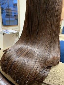 ピュアーネ(Purene)の写真/内側からダメージを修復し、柔らかくパサつきのないツヤ髪になれる最高級トリートメント【学芸大学】