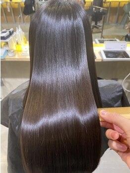 リラエ(Lyrae)の写真/【大人女性の毛髪改善Salon】既製品ではなく、髪に良い成分だけで作るオリジナルTrを髪質に合わせて調合♪