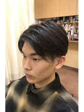 ヘアーズビューティー エルツー(Hair's Beauty L2)センター分け
